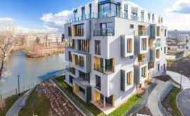 Bydlení u Libeňského zámečku - Penthouse k nastěhování ihned!