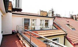Dvoupodlažní půdní byt, 5+1, 4. NP, 225.0 m<sup>2</sup>